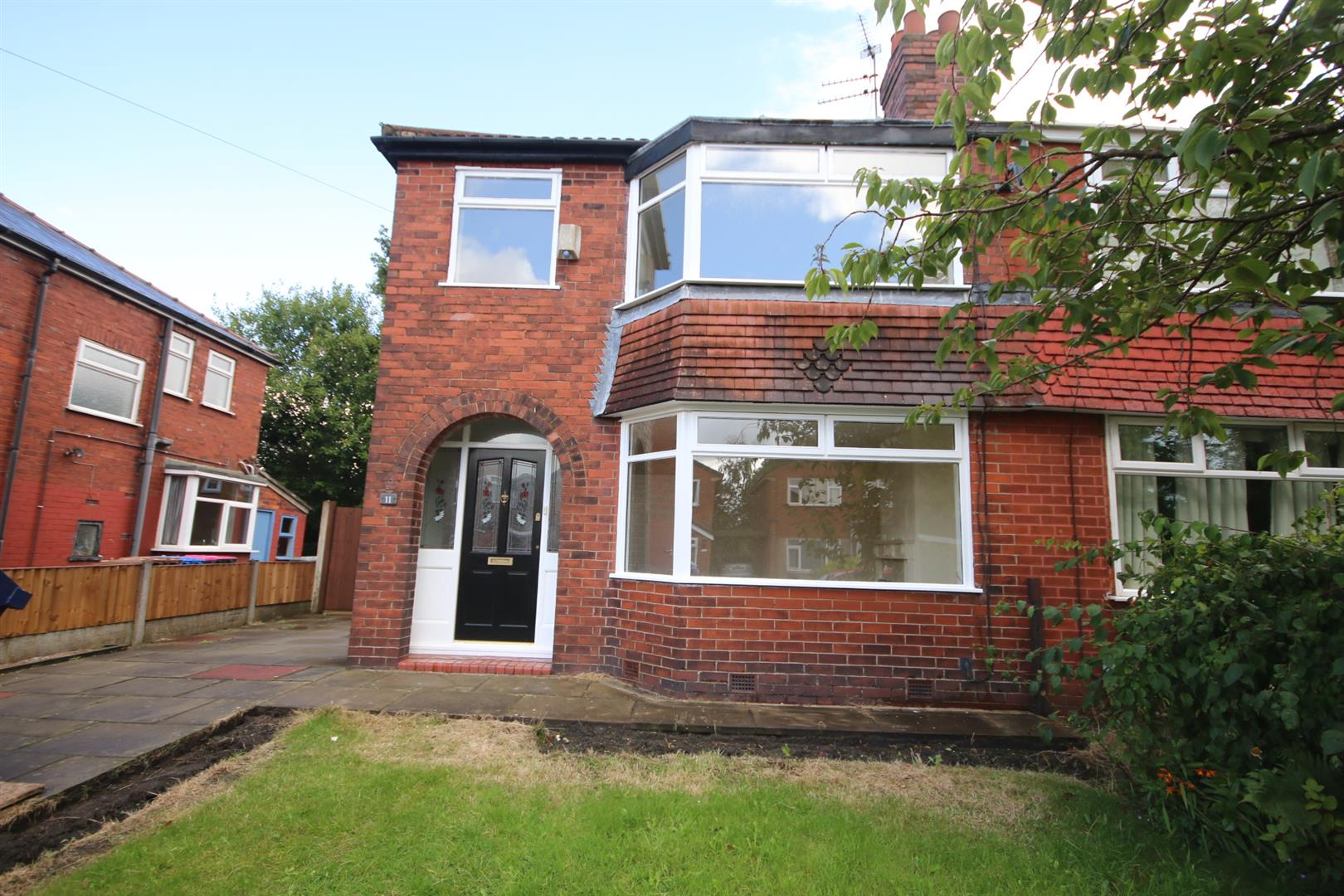 3 Bedroom House - Semi-Detached To Let